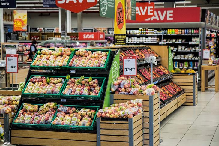 retail marketing strategies - price