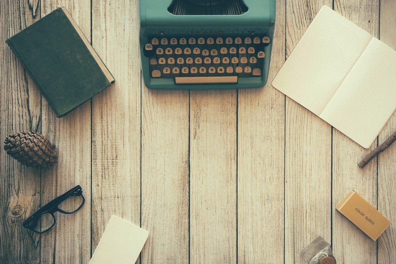 writer typewriter