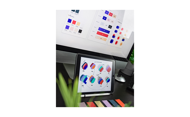 Color scheme testing on a laptop